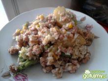 Ryż z warzywami i mięsem mielonym