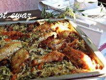 Ryż zapiekany z warzywami, kurkami i skrzydełkami