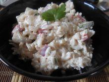 Ryżowa sałatka z marynowanymi pieczarkami