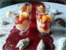 Ryżowy deser z brzoskwiniami i dżemem