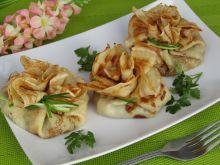 Sakiewki naleśnikowe z pieczarkami i serem
