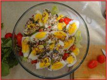 Sałata lodowa z jajkami