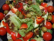 Sałata lodowa z sosem balsamicznym