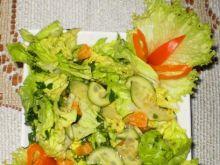 Sałata słodko-kwaśna z mandarynkami :
