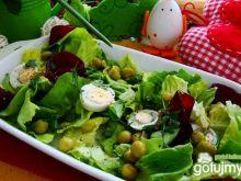 Sałata z buraczkami i jajkami