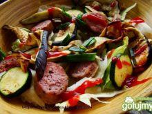 Sałata z grillowanymi warzywami