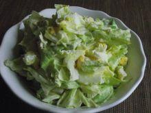 Sałata z jajkiem i majonezem do obiadu