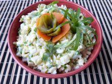 Sałata z kalarepką i ryżem