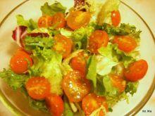 Sałata z pomidorkami