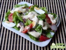 Sałata z rzodkiewką i pomidorami