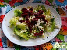 Sałata z suszonymi pomidorami 3