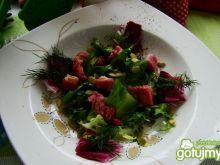 sałata zielona z boczkiem