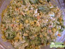 Sałatka brokułowa 13