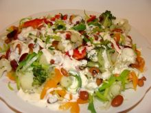 Sałatka brokułowa z fasolą