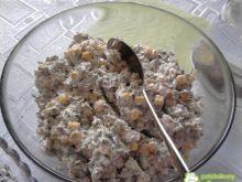 Sałatka brokułowa z kukurydzą