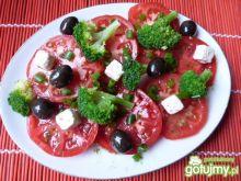 Sałatka brokułowa z serem feta- Reniz