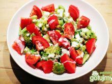 Sałatka brokułowo - pomidorowa
