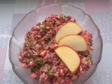 Sałatka buraczkowa z jabłkiem, marchewką