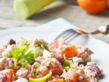 Sałatka fasolowa z porem i tuńczykiem