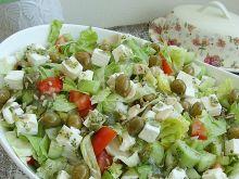 Sałatka grecka z ziarnami słonecznika