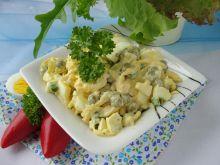 Sałatka jajeczna z groszkiem