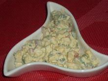 Sałatka jajeczna z papryką i szczypiorkiem