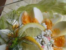 Sałatka jajeczno-krabowa