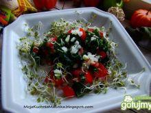 Sałatka jarmuż z pomidorem