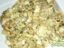 Sałatka kurczakowa z ryżem
