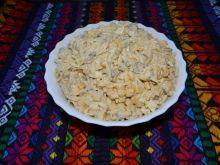 Sałatka makaronowa z pieczarkami