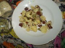 Sałatka makaronowa z suszonymi pomidorami i ziarna