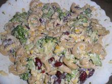 Sałatka makaronowo - brokułowa