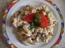 Sałatka makaronowo-selerowa