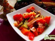 Sałatka marchewkowa z łososiem