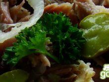 Sałatka mięsna z bobem