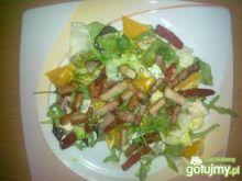 Sałatka Moc warzyw z orzeźwieniem