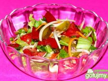 Sałatka na szybko z pomidorem