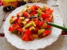 Sałatka na zdrowie- pomidorowa z awokado
