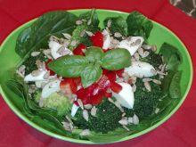 Sałatka nr 9 - szpinakowa - dieta 1200 kalorii