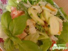 Sałatka obiadowa paprykowo-cukiniowa