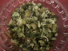 Sałatka obiadowa z brokuła