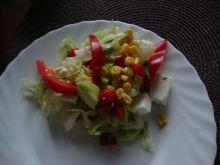 Sałatka obiadowa z fetą (lub mozarellą)