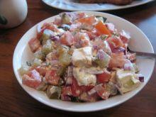 Sałatka obiadowa z kiszonym i fetą
