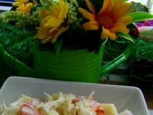 Sałatka obiadowa z rzodkiewką i cukinią