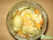 Sałatka ogórkowa z marchewką