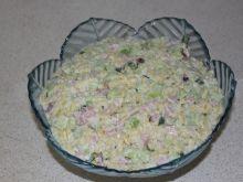 Sałatka ogórkowo-makaronowa