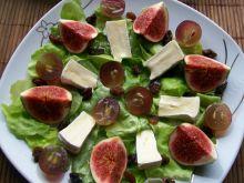 Sałatka owocowa z figami na sałacie