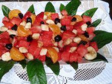 Sałatka owocowa z miętą