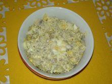 Sałatka pieczarkowo - jajeczna z makaronem ryżowym
