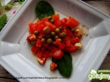 Sałatka pomidorowa z czosnkiem